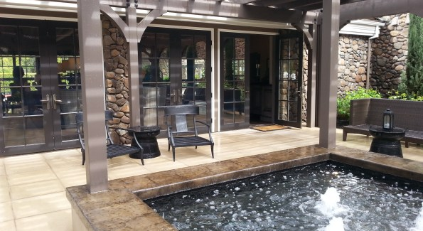 The Hotel Yountville boasts a courtyard pool. Photo courtesy the Hotel Yountville.