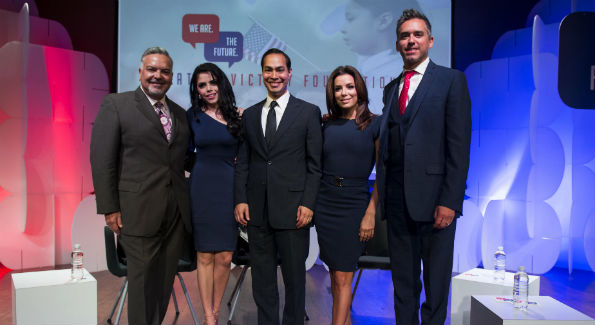 Henry R. Munoz III, Yarel Ramos, Julian Castro, Eva Longoria and Cristobal Alex (Photo by Ian Dawson, C&I Studios)