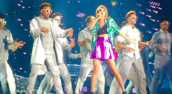 Taylor Swift in concert (Photo by John Arundel)