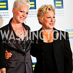 Photo by Tony Powell. P!nk, Bette Midler. 14th Annual HRC Dinner. October 9, 2010