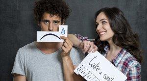 Tanda Pria Yang Menyesal Setelah Memutuskan Hubungan