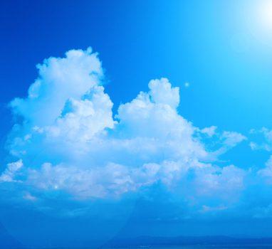 和の心で雲を見る