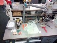 Der Arbeitsplatz des Zahntechnikers