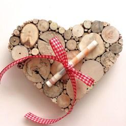 Geldgeschenk Hochzeit Herz aus Treibholzscheiben für Geldgeschenk