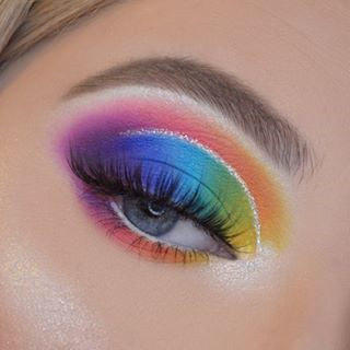 Pretty Rainbow Makeup Ideas