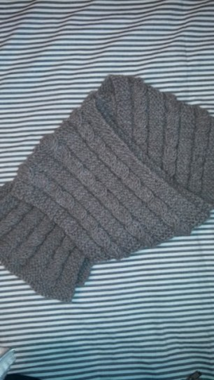 First cable-knit scarf