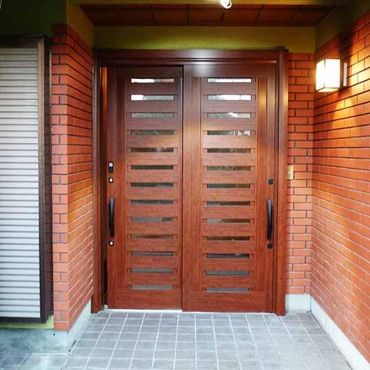 玄関ドアリフォーム07after