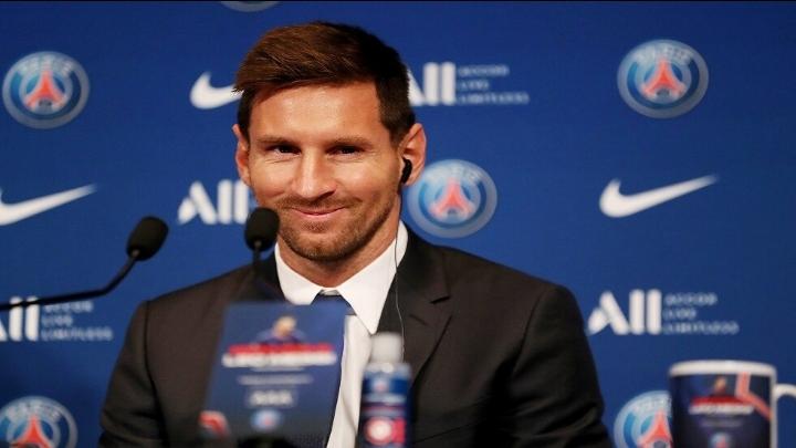 ميسي يزور برشلونة للمرة الأولى منذ انتقاله لسان جيرمان