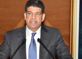 مصطفى بكوري يشرف على توزيع شاحنات لجمع النفايات لفائدة جماعات قروية