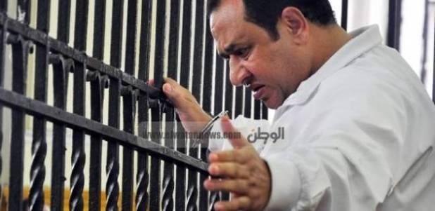 """محامي """"نخنوخ"""": موكلي ضمن المُفرج عنهم بموجب العفو الرئاسي"""