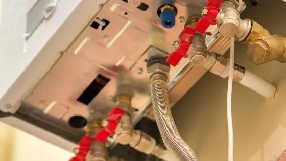 給湯器本体の接続口径