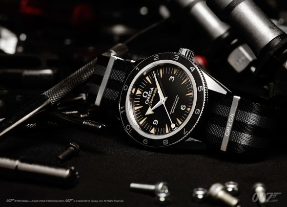 Omega-Seamaster-300-Spectre-4