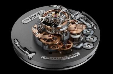 MB anf F HM7 Aquapod-Engine-1