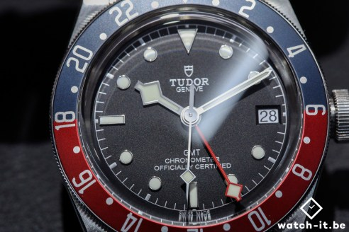 Tudor_Black_Bay_GMT_Pepsi-face-2