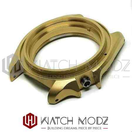 Sandblasted gold skx007 case