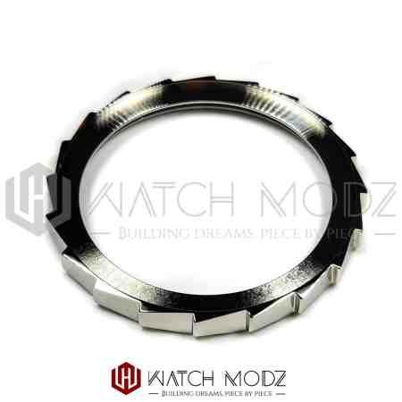 Polished Silver Sawtooth Bezel