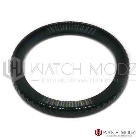 Seiko SKX007 Bezel: Polished Black Wide Knurled