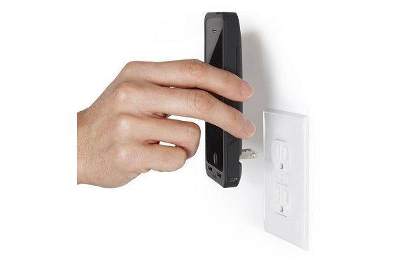 PocketPlug-iPhone-Case-3