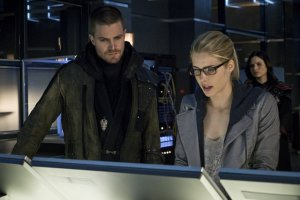 Arrow S03E23 – My Name is Oliver Queen