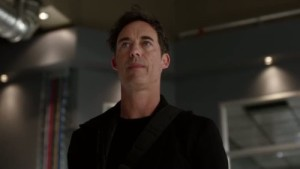 The-Flash-2x05-04-500x281