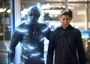 """The Flash -- """"Versus Zoom"""" -- Image: FLA218b_0049b2.jpg -- Pictured (L-R): Zoom and Keiynan Lonsdale as Wally West -- Photo: Diyah Pera/The CW -- © 2016 The CW Network, LLC. All rights reserved"""