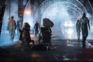 """GOTHAM: The """"Wrath of the Villains: Transference"""" season finale episode of GOTHAM airing Monday, May 23 (8:00-9:00 PM ET/PT) on FOX. ©2016 Fox Broadcasting Co. Cr: Jeff Neumann/FOX"""