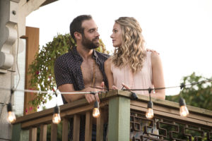 """No Tomorrow -- """"No Crying in Baseball"""" -- Image Number: NOT102c_0187.jpg -- Pictured (L-R): Joshua Sasse as Xavier and Tori Anderson as Evie -- Photo: Diyah Pera/The CW -- © 2016 The CW Network, LLC. All rights reserved."""