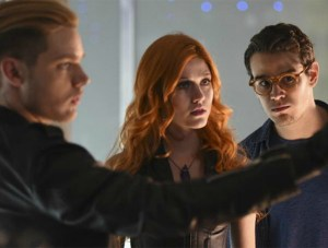 shadowhunters-s01-3