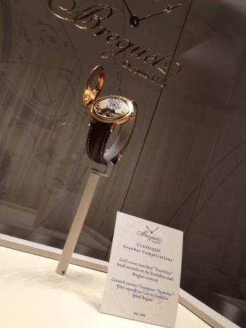 La realización del tourbillon no está al alcance de todos los relojeros, solo los mejores están capacitados para fabricarlo después de la expiración del plazo de la patente, concedida por 10 años.