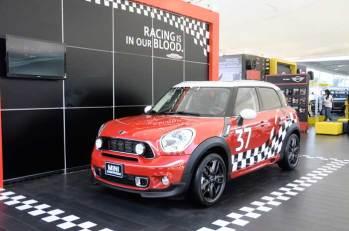 Mini Cooper presentó un par de modelos adicionales a su atractiva línea de producción