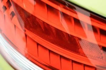 Detalles de un Porsche Cayman