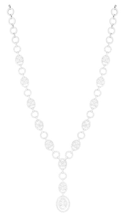 Collar de diamantes oval y redondos en oro blanco.