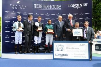Ceremonia de premiación del Prix Longines Future Racing Stars // Bertrand Bélinguier, Chairman de France Galop, Walter von Känel, Presidente de Longines y Juan-Carlos Capelli, Vicepresidente y Director de Marketing de Longines.