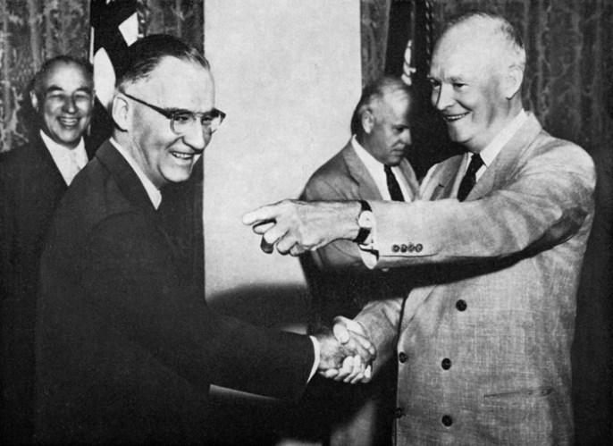 El ex Presidente de los Estados Unidos de Norteamérica Dwight Eisenhower, quien fue poseedor de un Presidents´ Watch de VULCAIN.