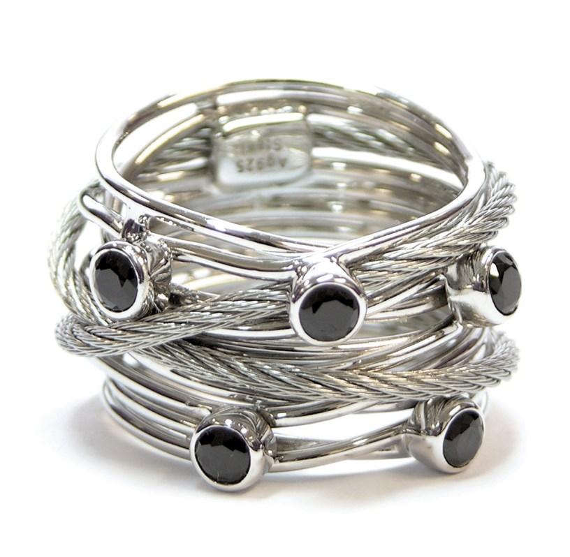 Charriol, anillo de la colección Tango.