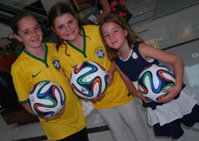 Ilana Cung, Ariela Shwartz y Emma Hubscher
