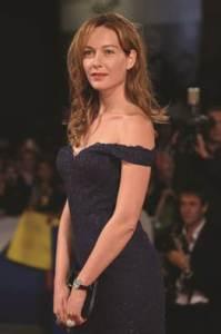 Cristiana Capotondi lució un Rendez-Vous Night & Day High Jewellery