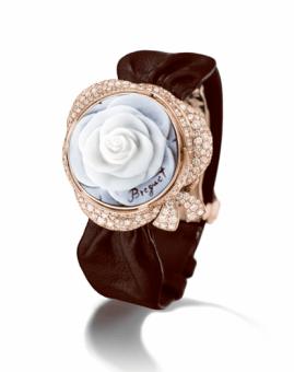 High Jewellery La Rose de la Reine-5
