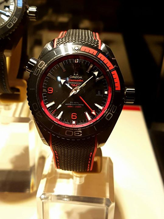 Omega-Seamaster-Planet-Ocean-Deep-Black-GMT-watch-51