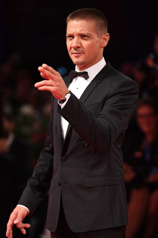 Jeremy-Renner-wearing-a-Jaeger-LeCoultre-watch--_73rd-Venice-Film-Festival_Getty-Images
