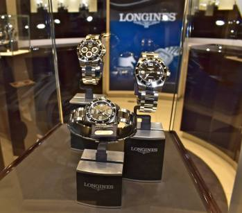 Longines-Boutique-Agassi-6