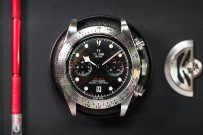 TUDOR-Black-Bay-Heritage-Chrono-2017-5