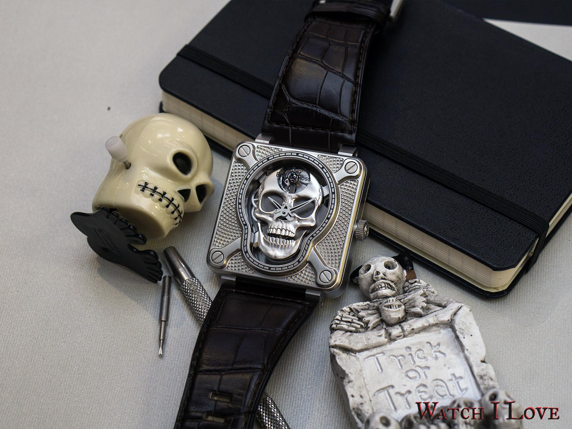 Bell&Ross BR01 Laughing Skull