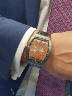 The Franck Muller watch at the hand of Nicolas.