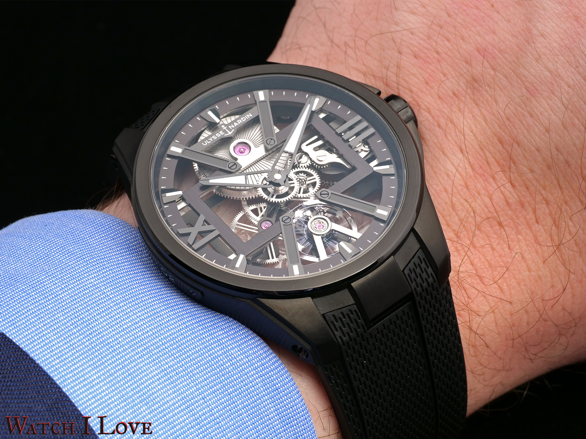 Ulysse Nardin Skeleton X black DLC titanium on the wrist