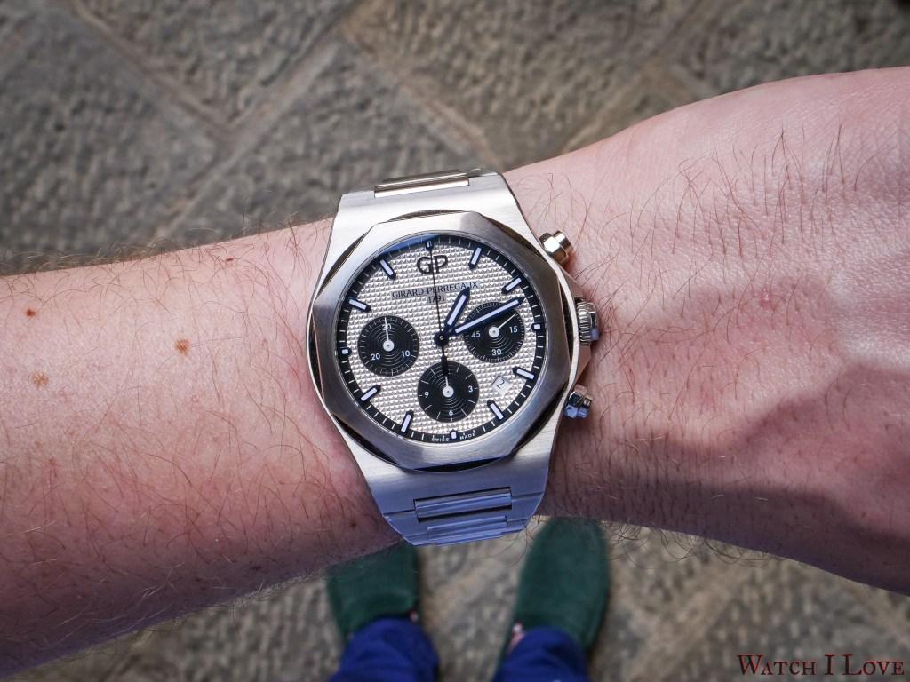 Girard-Perregaux Laureato 42mm Chronograph Ref. 81020-11-131-11 on the wrist