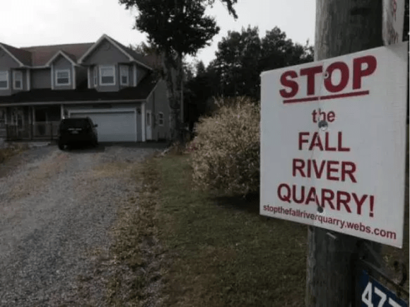 A sign protesting the Fall River quarry. On Friday, Nova Scotia announced it had dismissed three appeals against the project. (File photo courtesy Global News)