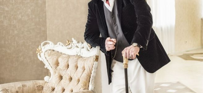 Top 5 Fictional Characters That Used a Cane