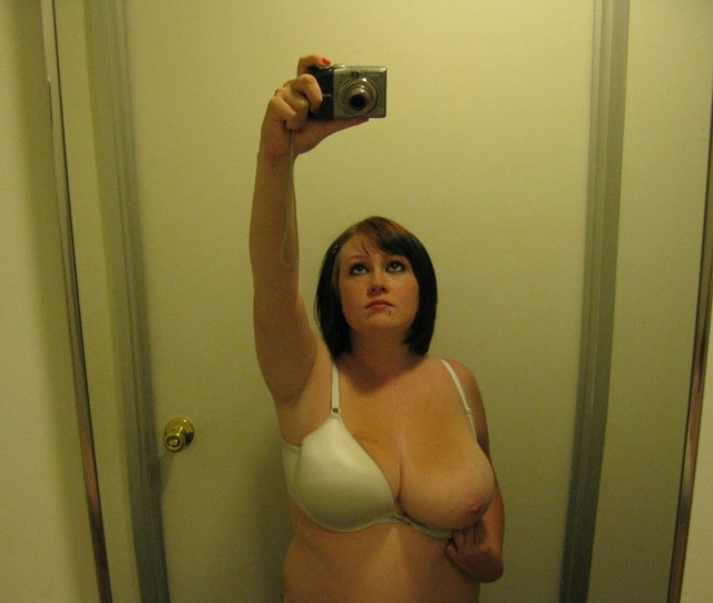 Chubby Amateur Slut And Her Big Natural Tits In The Bathroom 4