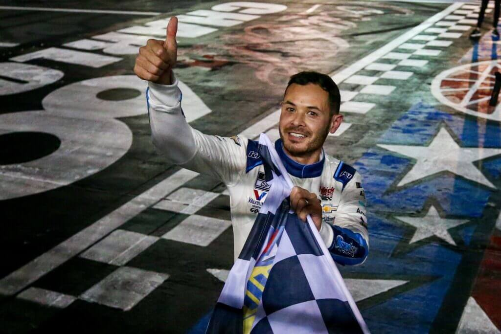 2021 Knoxville Nationals: Kyle Larson's merchandise sales are booming in the dirt racing world